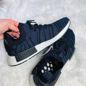 adidas Shoes - NWT Adidas Originals NMD R1 Primeknit Sneakers